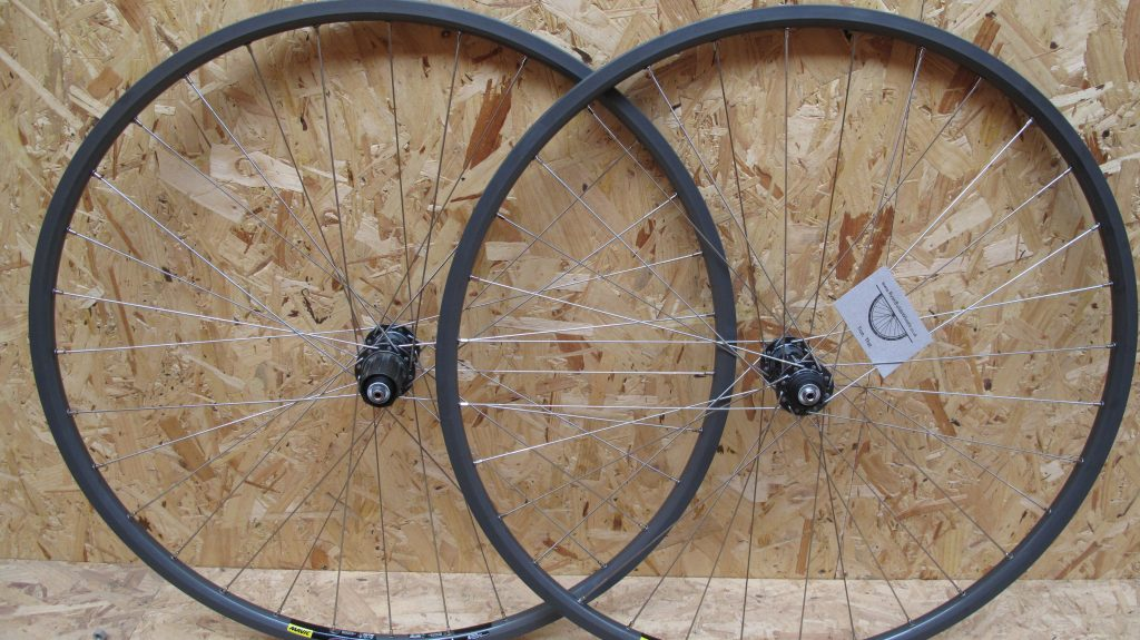 hand built winter training wheels Archetype ultegra